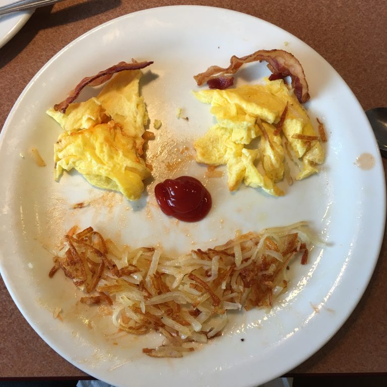 http://Mr.%20Bacon,%20Hashbrowns%20and%20Eggs%20Face